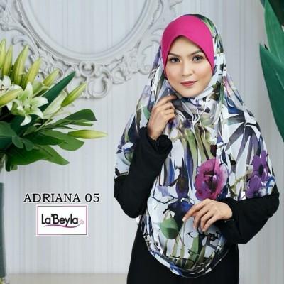 ADRIANA 05